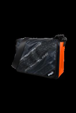 """Tasche aus LKW Plane Fahrradreifen """"Orange-Swallow"""""""